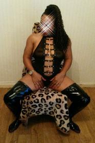 Shania (26) Escort